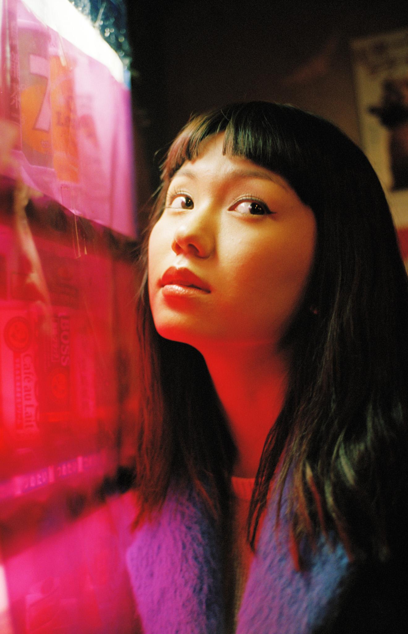 n_magazine_fumi_nikaido-11