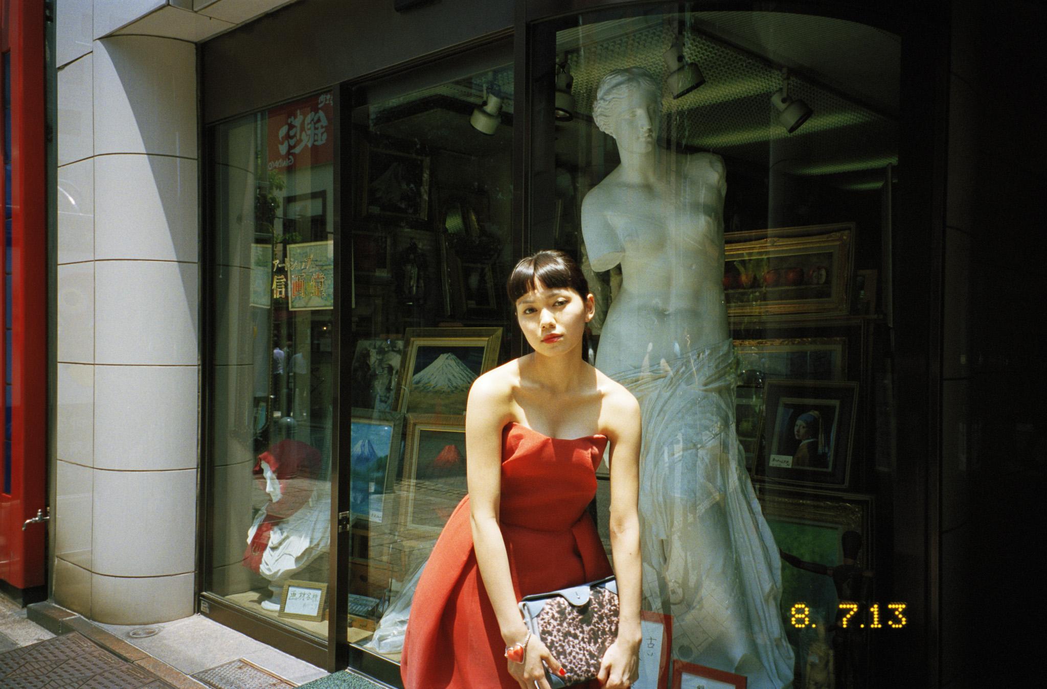 n_magazine_fumi_nikaido-12